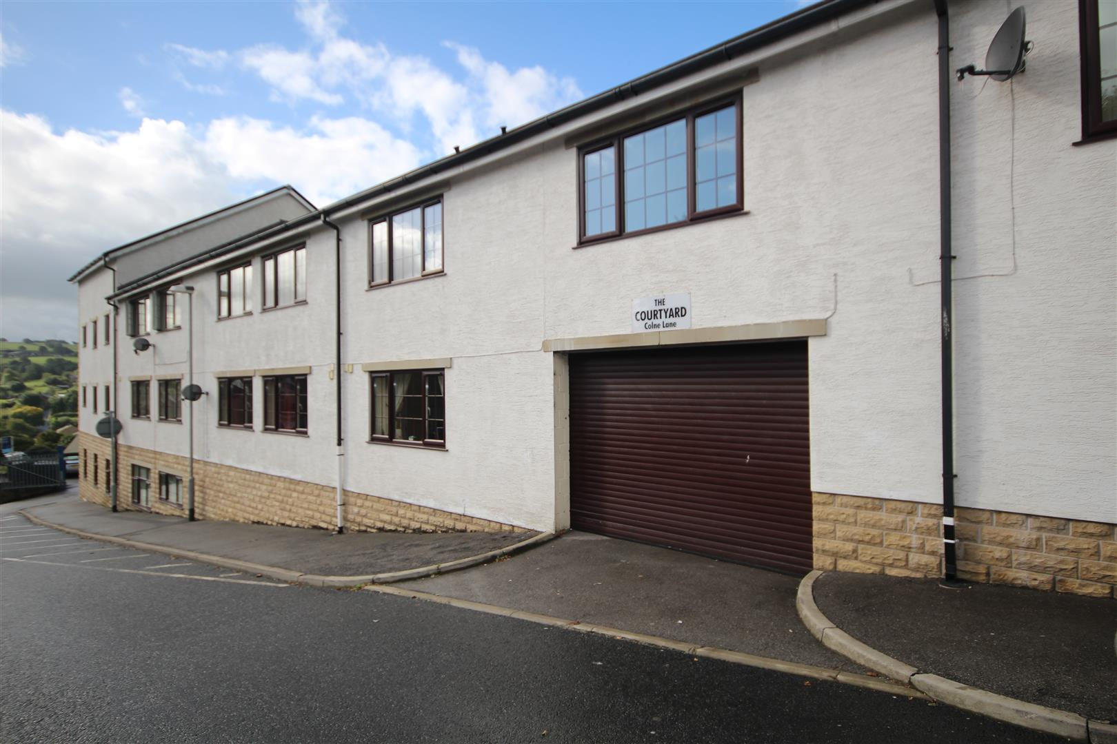 2 bedroom apartment For Sale in Colne - 2015-09-24 09.40.42.jpg